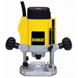 "DEWALT DW615 110vPlunge router - 1/4"" collet 1000 Watt Variable speed Plunge depth: 55mm Includes assorted accessories"