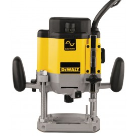 "DEWALT DW625EKT 240vPlunge router - 1/2"" collet 2000 Watt Variable speed Plunge depth: 80mm Includes assorted accessories T-Stak DWST1-71195 case"